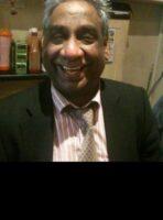 <b>യു.കെയിലെ  പ്രമുഖ  മലയാളി വ്യവസായി  മോഹൻ കുമാരൻ (66) ഈസ്റ്റ്  ഹാമിൽ നിര്യാതനായി.</b>